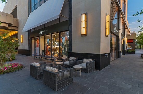 29 North Designer Boutique Picture Of The Post Oak Hotel At Uptown