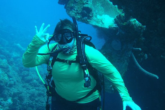 Buddy Dive: Diving the Hilma Hooker