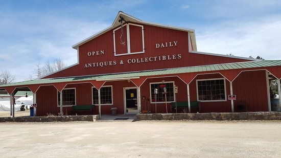 Fulton, IL: Great River Road Antiques