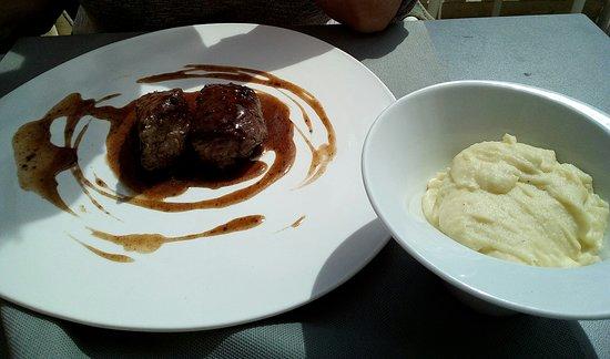 La Verrière : pavé de boeuf et sa purée de pommes de terre