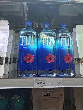Wasser... ich mag zwar lieber Wasser im Glas aber...