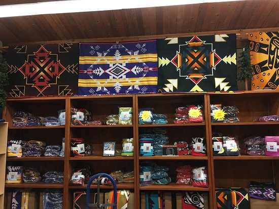Pacific Blanket Trading Post照片
