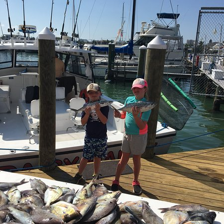 Daisy mae fishing charters clearwater 2018 all you for Fishing charters clearwater