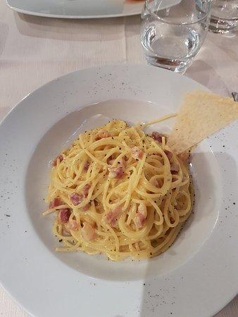 Noblesse Oblige: pasta carbonara