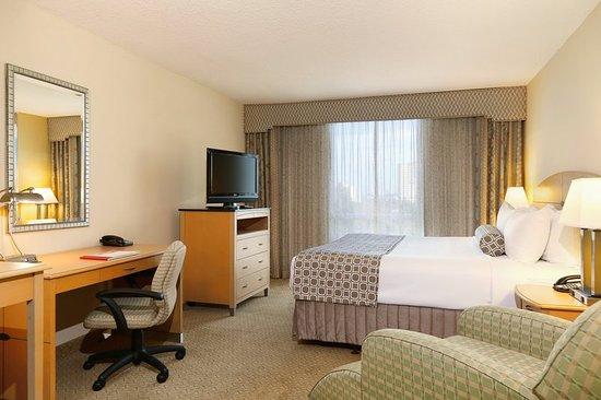 Crowne Plaza Orlando - Universal Blvd: Guest room