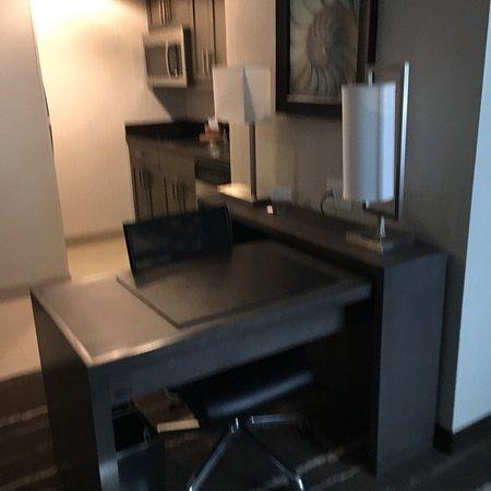 Homewood Suites by Hilton Aliso Viejo Laguna Beach: Nice other than the mold