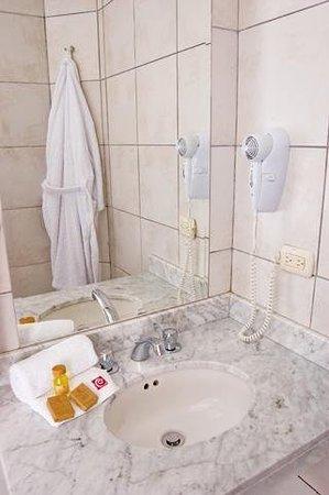 Hotel Runcu Miraflores: Guest room amenity