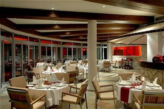 Calista Luxury Resort: Restaurant