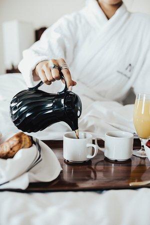 Hotel Nelligan: Breakfast in bed