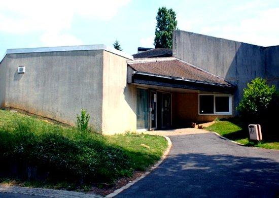 Clamecy, Francia: Piscine Municipale