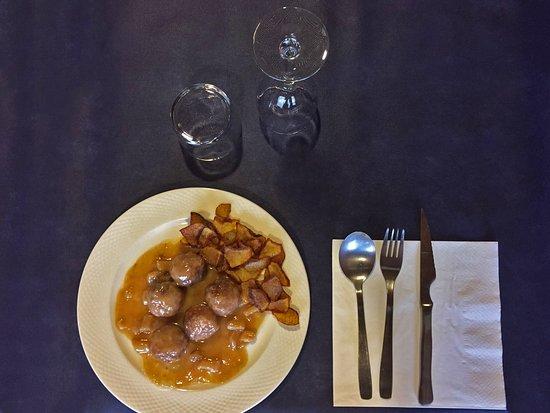 Jasa, Espagne: Albóndigas de carne con salsa de sepia