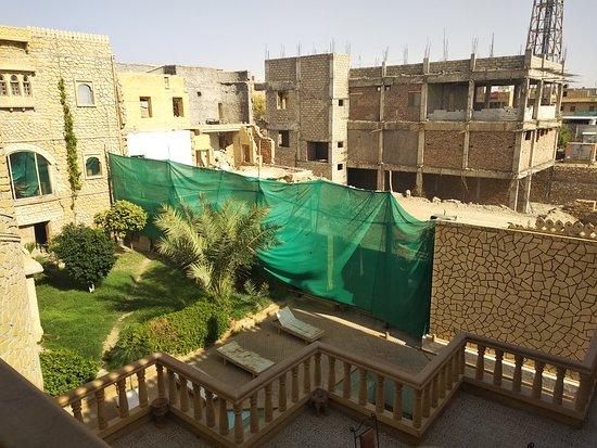 Hotel deoki niwas palace jaisalmer rajasthan hotel - Jaisalmer hotels with swimming pool ...