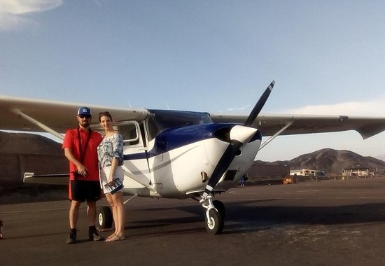 Get2nazca.com: Plane for 2 passengers the best experience