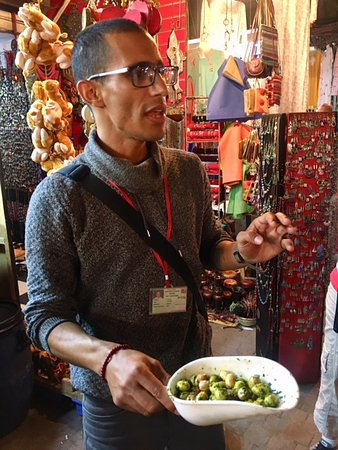 Experience Marrakech: Food and Market Tour of Djemaa El Fna, Including Traditional Dinner: The wonderful Youssef
