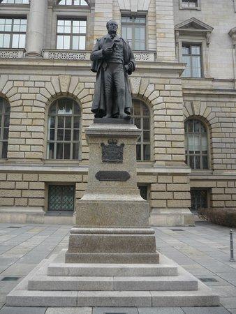 Denkmal für Hardenberg