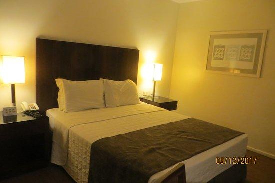 Orla Copacabana Hotel: habitacion