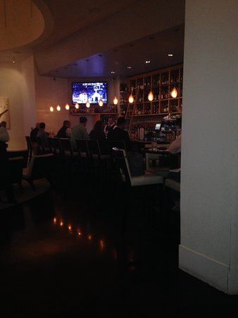 Delmonico Steakhouse : Delmonicos Bar