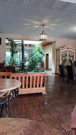 Casa Magica Hotel: IMG_20180328_151404_large.jpg