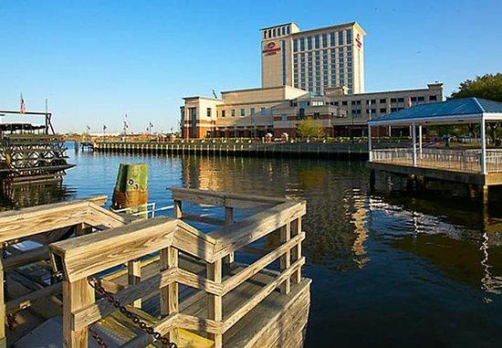 Renaissance Portsmouth-Norfolk Waterfront Hotel