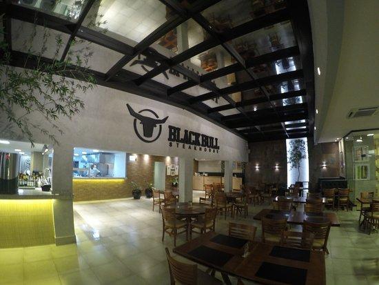 Black Bull Steakhouse: A nossa casa!
