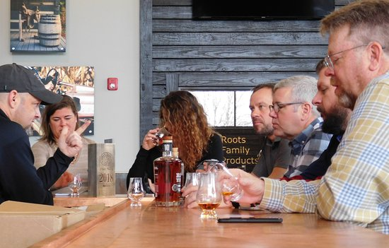 Jeffersonville, IN: Bourbon tasting at Lux Row Distillery