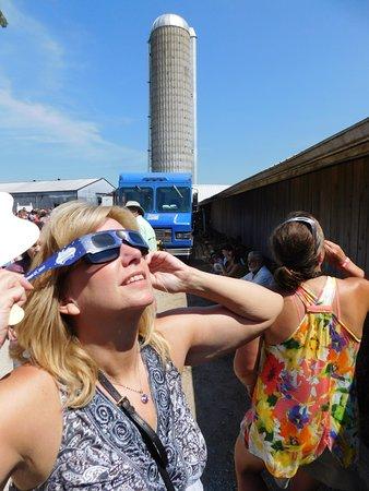 Jeffersonville, IN: Solar eclipse tour in Hopkinsville, KY!