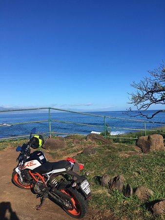 Haiku, HI: overlooking a surf spot