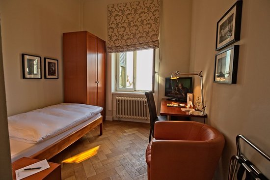 Bad-Hotel - UPDATED 2018 Prices & Reviews (Uberlingen ...  Bad-Hotel - UPD...