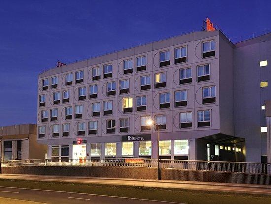ibis boulogne sur mer centre les ports hotel boulogne sur mer france voir les tarifs et 279. Black Bedroom Furniture Sets. Home Design Ideas