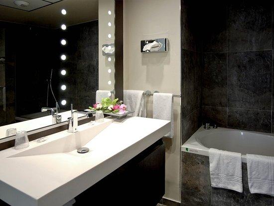 Mercure Abbeville Hotel de France : Guest room
