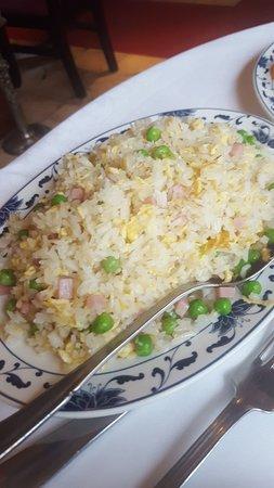 Nouveau Village Tao-Tao : Toujours aussi bon et bien accueilli ,Les toasts crevettes une tuerie et leur  porc sel poivre e
