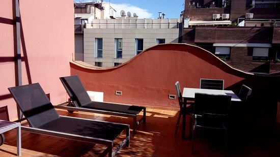 Up Suites Bcn: Roof facilities