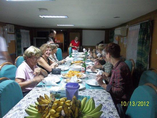 Mahakam River: Dinner ob house boat
