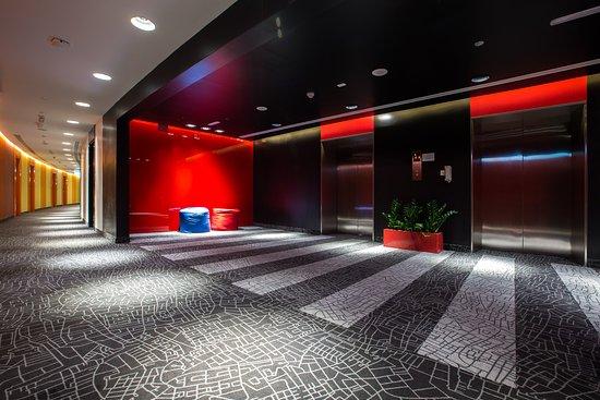 Park inn by radisson dubai motor city hotel emirati arabi for Motor city casino parking