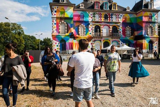 Pressigny les Pins, فرنسا: Château du Domaine de La Valette - Urban Art Paris - Crédit photo : Tiski