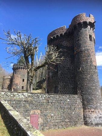 Pontgibaud, Francja: Château Dauphin