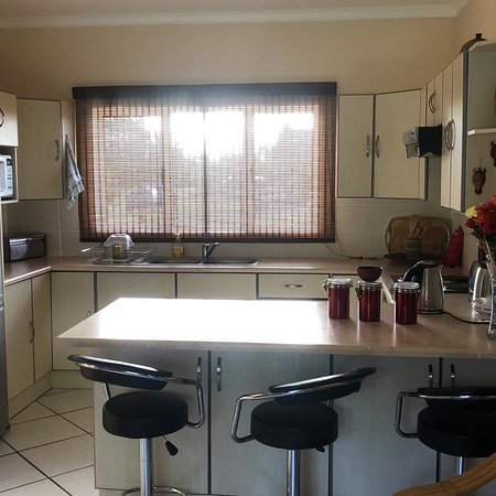 Ebubeleni Guest House Picture