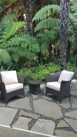 Matauri Bay, New Zealand: Outdoor Spa Area