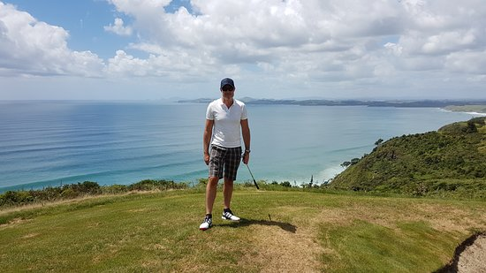 Matauri Bay, New Zealand: Ready for golf, check out the view!
