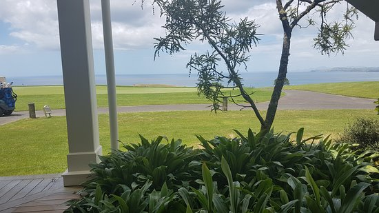 Matauri Bay, Nueva Zelanda: lunch view from the 19th hole