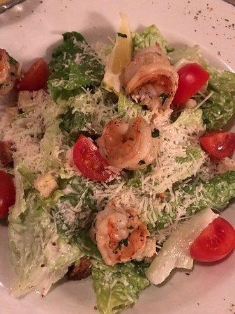 Olive Oil Restorans: Салат