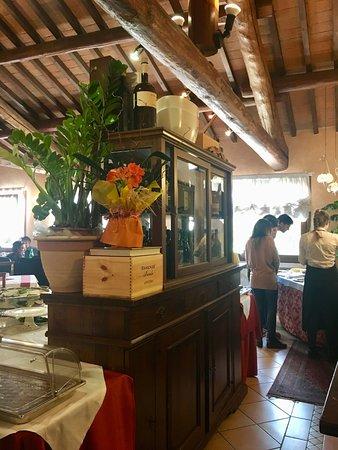 Villimpenta, Italy: ingresso sala piano superiore