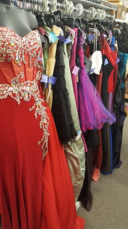 Lindstrom, MN: 100's of beautiful Prom Dresses provide affordable options for our local girls!