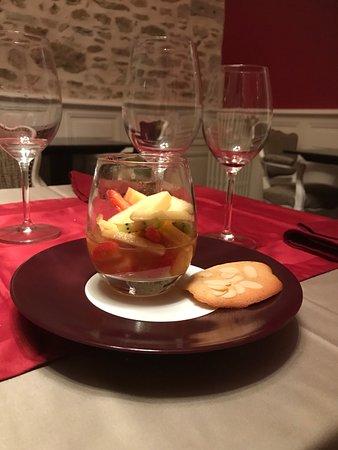 salade de fruits au cidre, tuile aux amandes