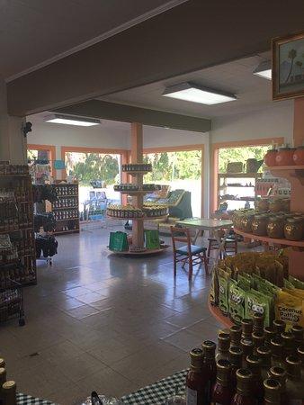 Citra, FL: Quaint and attractive shop