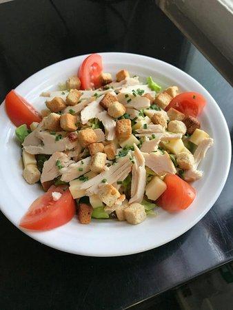Blonville sur Mer, فرنسا: La petite salade parisienne