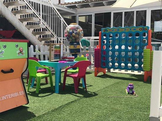 Tobogan Grill & Lounge Bar - Waterslide: kids area