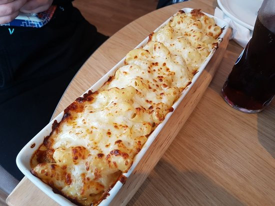 Chicken And Mac Pasta Melt Picture Of Pizza Hut