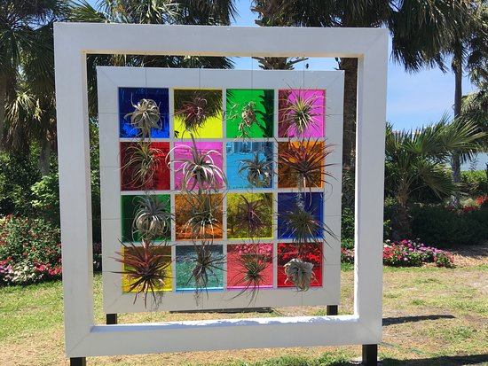 Marie Selby Botanical Gardens : Warhol grid overlooking the bay