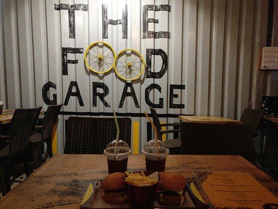 Cafe Interior 04